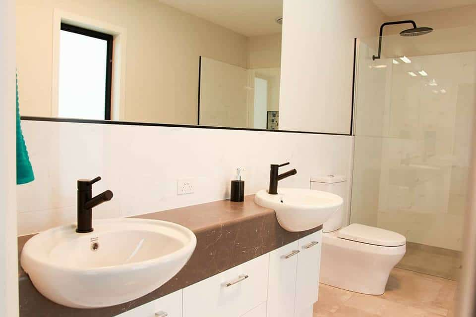 Shepparton luxury display home en suite